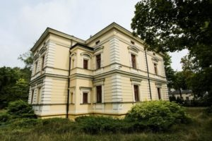 ora-lodz-budynek
